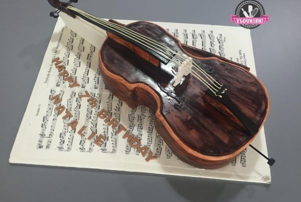 3D cakes - Cello cake by Flourish